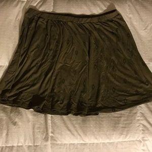 Old Navy Olive Aztec Print Mini Skirt XL